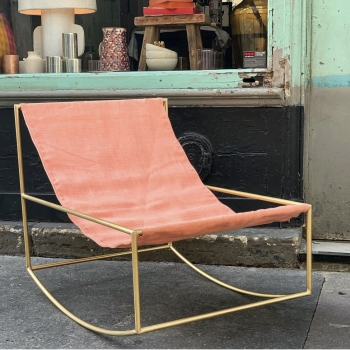 Rocking chair mvs brass/pink