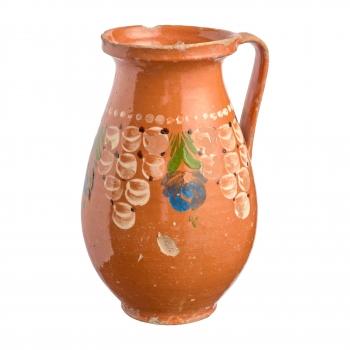 Big brown pitcher, vines pattern